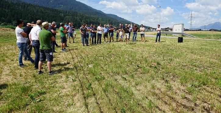 Gülleausbringung mit Schleppschuh Maschinenring Tirol