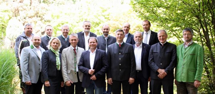Die neue Führungsspitze – Vorstand (VO) und Aufsichtsrat (AR) – der Maschinenring Personal und Service eGen.