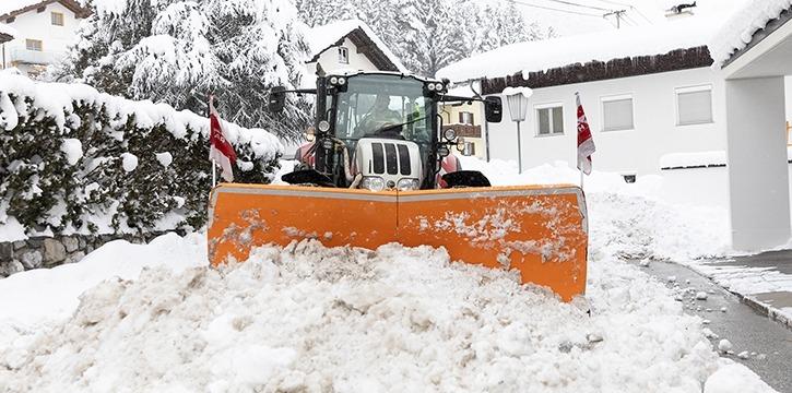 Schneeräumung Tirol Maschinenring