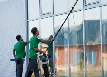 Sonderreinigung von Glasflächen