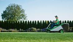 Grünraumpflege für Tourismusbetriebe vom Maschinenring