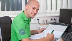 Beim Maschinenring gibt es viele Weiterbildungsangebote und regelmäßige Schulungen für MitarbeiterInnen.