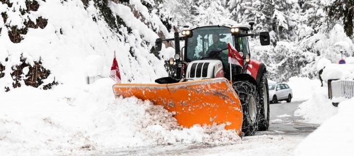 Schneeräumung Winterdienst Maschinenring